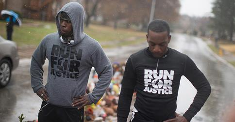 Two men ran from Atlanta to #Ferguson to pay tribute to #MichaelBrown and call for justice. http://t.co/qtZMiXxpj9 http://t.co/ocZuozFRMG
