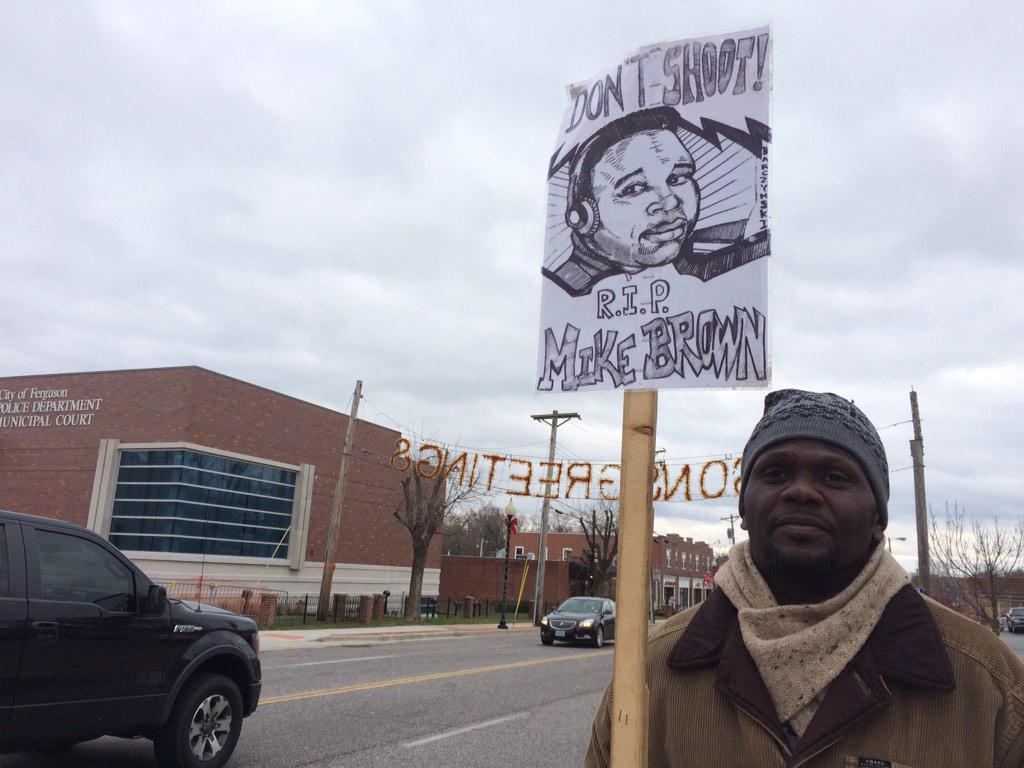 Ferguson: Fires and chaos erupts after no indictment - CNN.com