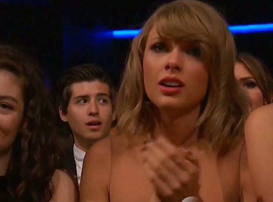 Taylor Swift chora na apresentação da amiga Selena