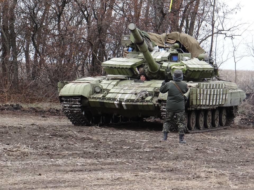 Ситуация на Донбассе контролируемая. Напряжение только на луганском и донецком направлениях, - пресс-центр АТО - Цензор.НЕТ 5792