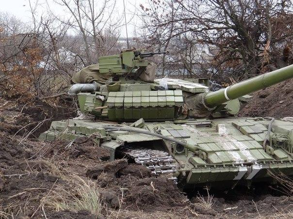 Ситуация на Донбассе контролируемая. Напряжение только на луганском и донецком направлениях, - пресс-центр АТО - Цензор.НЕТ 5620