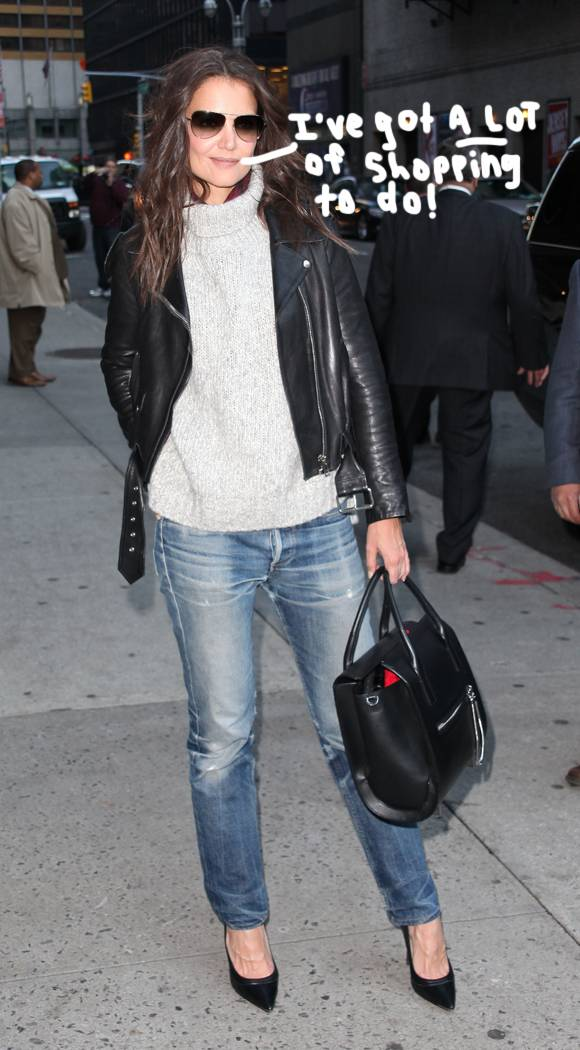 #KatieHolmes talks #SuriCruise's Christmas list & gurl knows EXACTLY what she wants! http://t.co/NrPqMBTCUh http://t.co/ubvGZS4dey