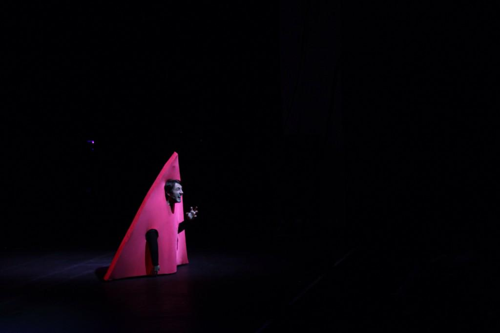 RT @joelynntw: Tour Photography: Triangle in the Abyss http://t.co/byc0IiyUWc
