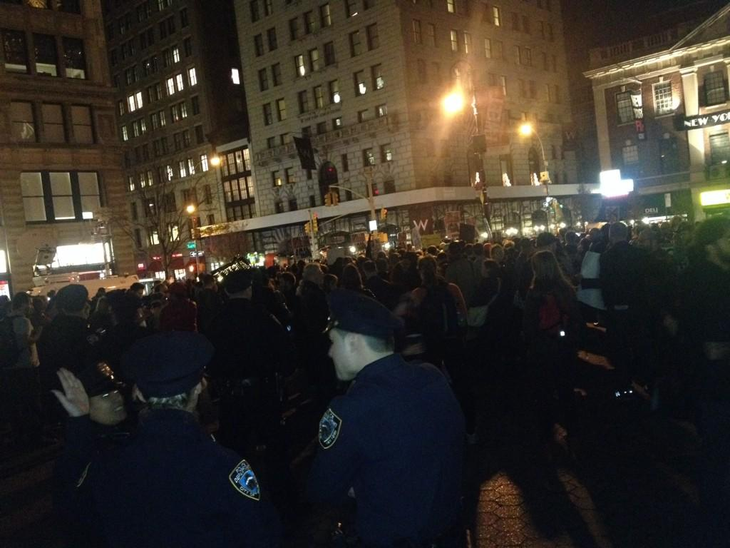 "#peaceandpower ""@occupytheory: About 300 people at union square in NYC now for #Ferguson #MikeBrown http://t.co/8f6erbU9vl"""