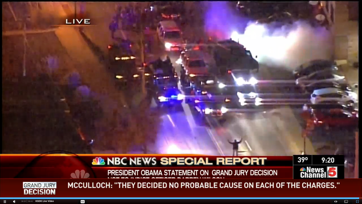 """USA 2014 = China 1989 """"RT @yashmori #Ferguson One man stands with his hands up blocking armored vehicles. http://t.co/It6LY3QuFt"""""""