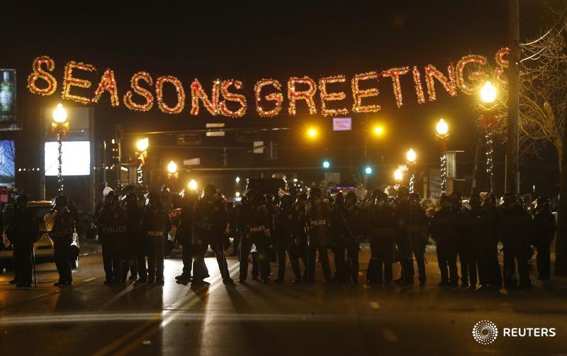 That's a Kubrick shot... RT @seankjensen: Wow… RT @reuterspictures: The streets of #Ferguson  http://t.co/qnVdEJqCI4 http://t.co/WkEXos2eDf