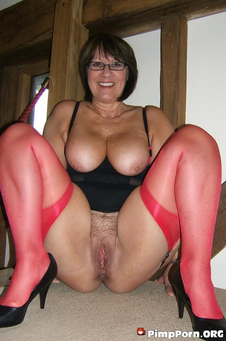 порно фото широкая пизда зрелой женщины