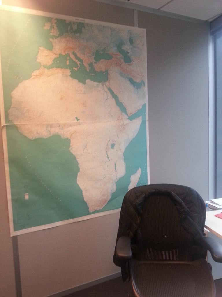 A @RFI forcément... 80% de l'audience en #Afrique (estimation) http://t.co/VXcdvT1Abu