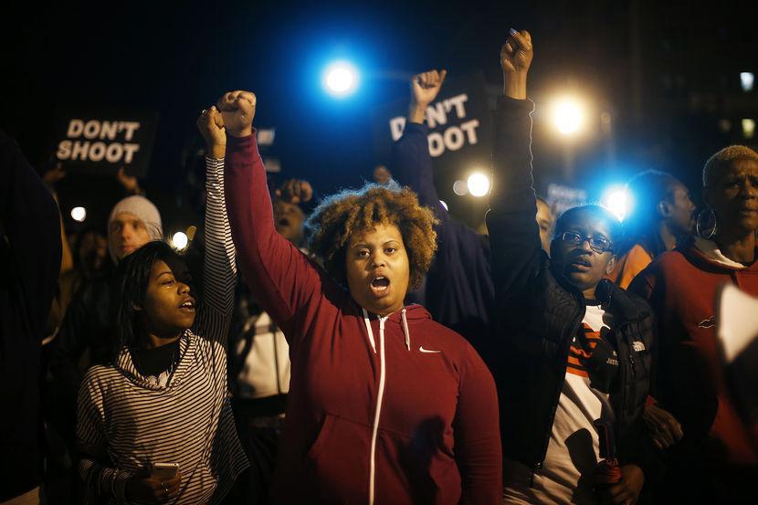 A lookback to October: Women hold the frontlines of #Ferguson http://t.co/n7XVPJENkd http://t.co/XvdqOEJFGi