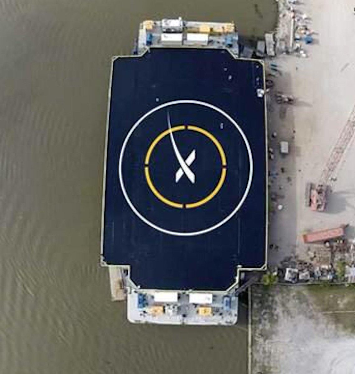 Elon Musk just unveiled a game-changing ocean landing pad for his reusable rockets http://t.co/NPEjepY4nr http://t.co/zCglt22FH2