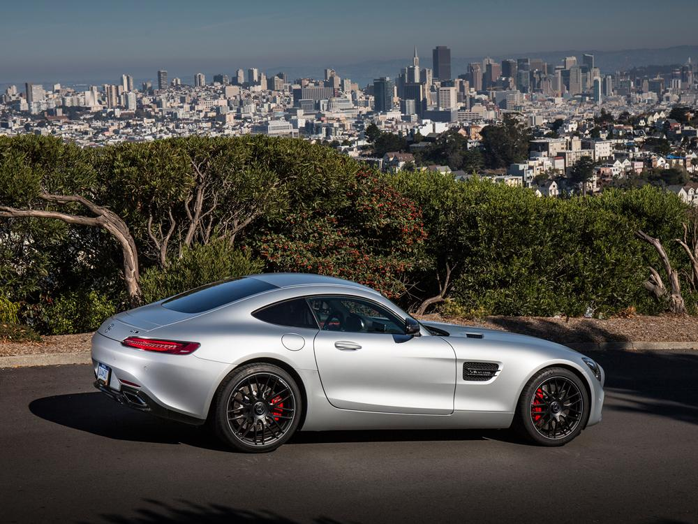 review the 2016 mercedes amg gt s looks like a porsche 911 and has oodles of torque. Black Bedroom Furniture Sets. Home Design Ideas