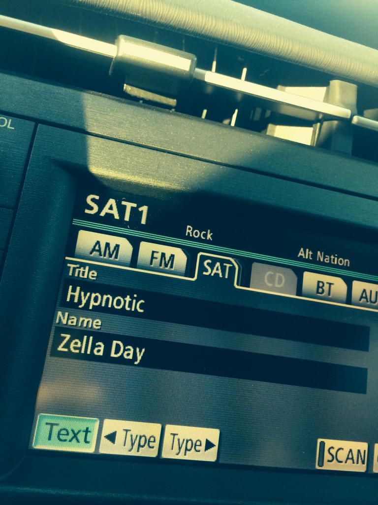 great way to start the day @Zelladay !! http://t.co/r8qyoEFTbc