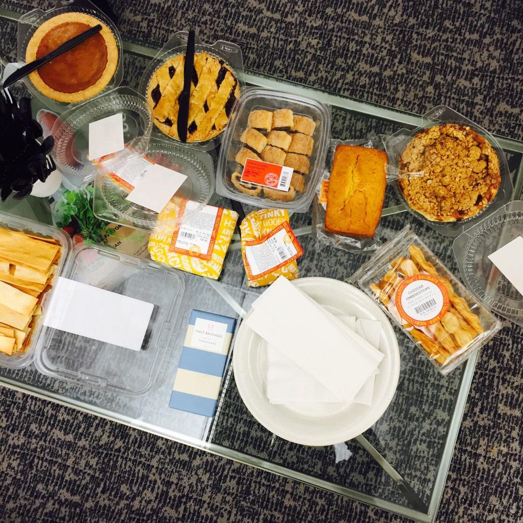 Looks like we're beginning Thanksgiving early! #simplygrateful @TimeIncCareers #pies #morepies #lifeatTime #breaktime http://t.co/P1DCjFJGgu