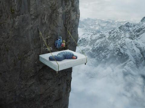 """僕の寝相だったら、一晩生命もたないな。RT @tabit_official: 寝返りがうてないホテル!?ドイツのツリーキャンプ「ヴァルドゼイルガルテンリゾート」   tabit http://t.co/Ah0ALy4ERZ http://t.co/qvHU0cwhCh"""""""
