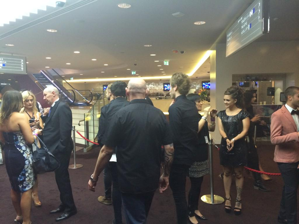 Security escort 50% of @5SOS from bathroom break #ARIAs http://t.co/cmECDyiUsW
