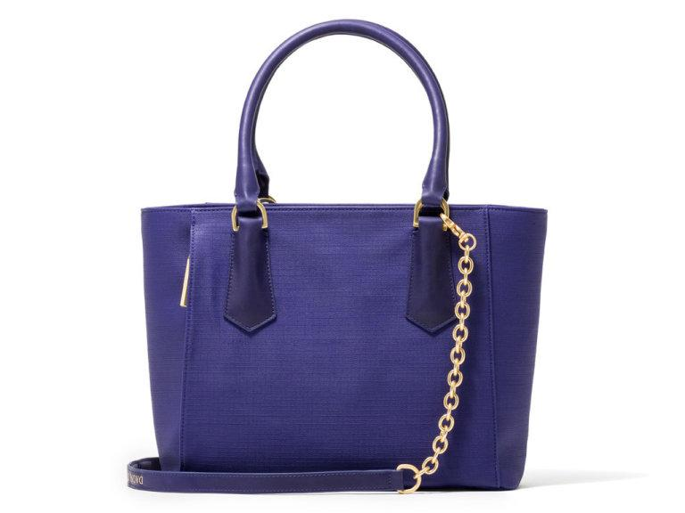 Cobalt blue cold-weather accessories to add a pop of color this winter: http://t.co/m9C18wIhVE http://t.co/3qwnrmrYGD