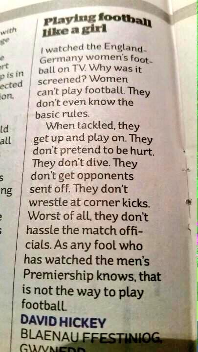 Waarom vrouwenvoetbal geen voetbal is: http://t.co/ZbA73G6K6v
