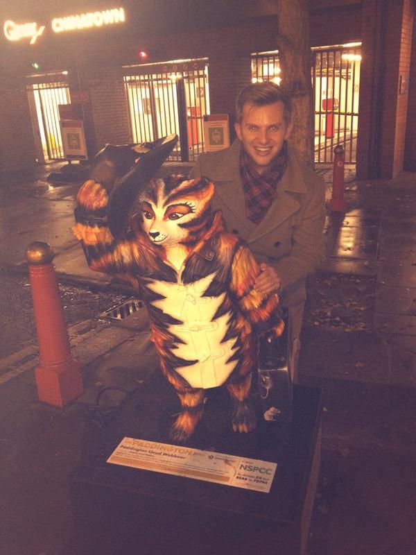Double trouble! Our own Macavity found @OfficialALW 's Paddington Lloyd Webbear! #PaddingtonTrail #CatsLondon