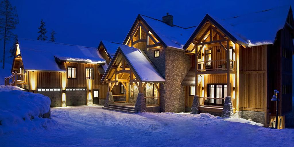 The ultimate in off-piste pampering! #THEEDIT picks #5ofthebest luxury chalets. http://t.co/41NSCdBOTE http://t.co/fmqqiHBYBQ