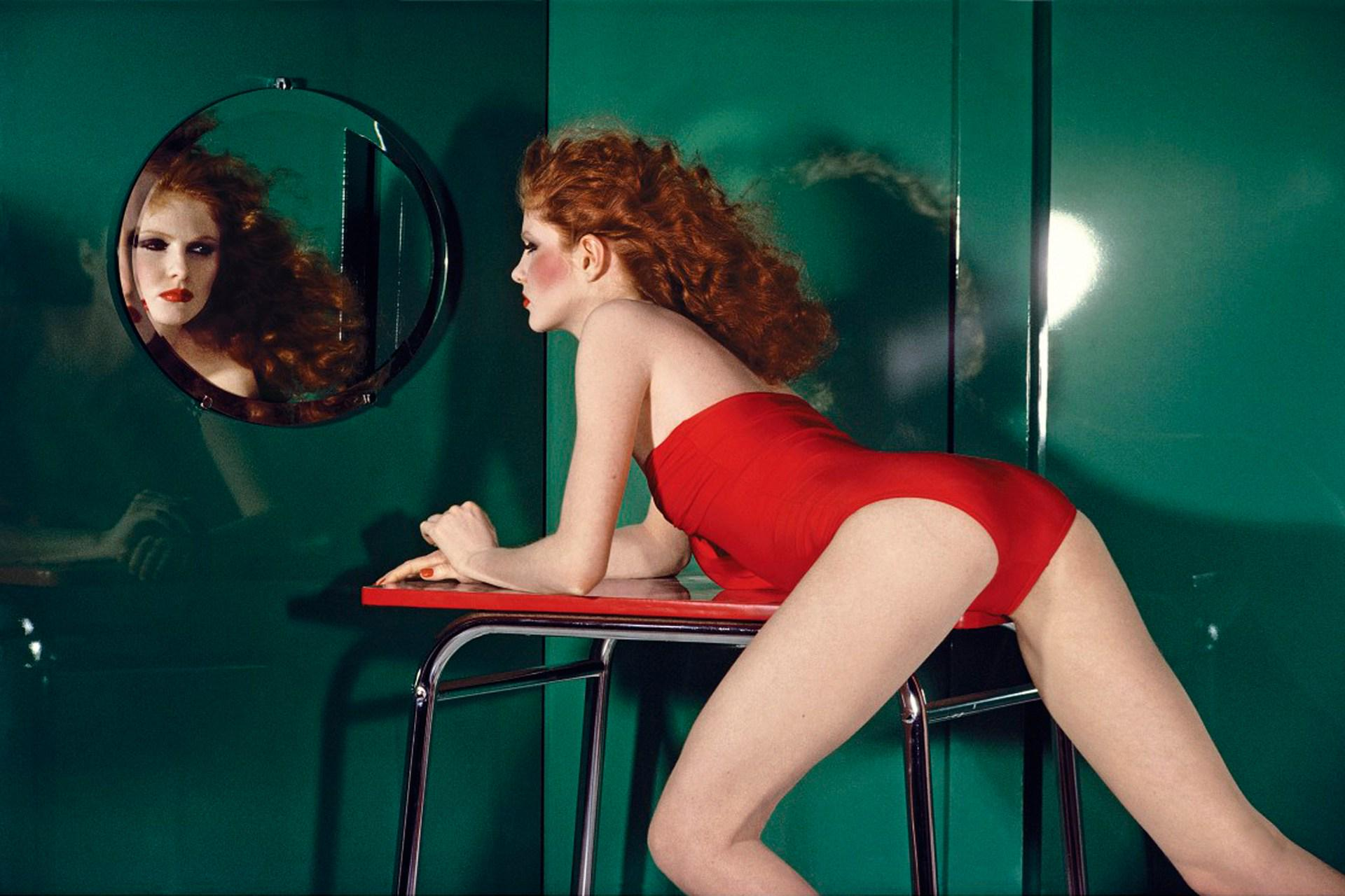 As a new exhibition opens dedicated to his life and works, get to know Guy Bourdin – http://t.co/KebqJBsgPG http://t.co/ddmFGyuLFv