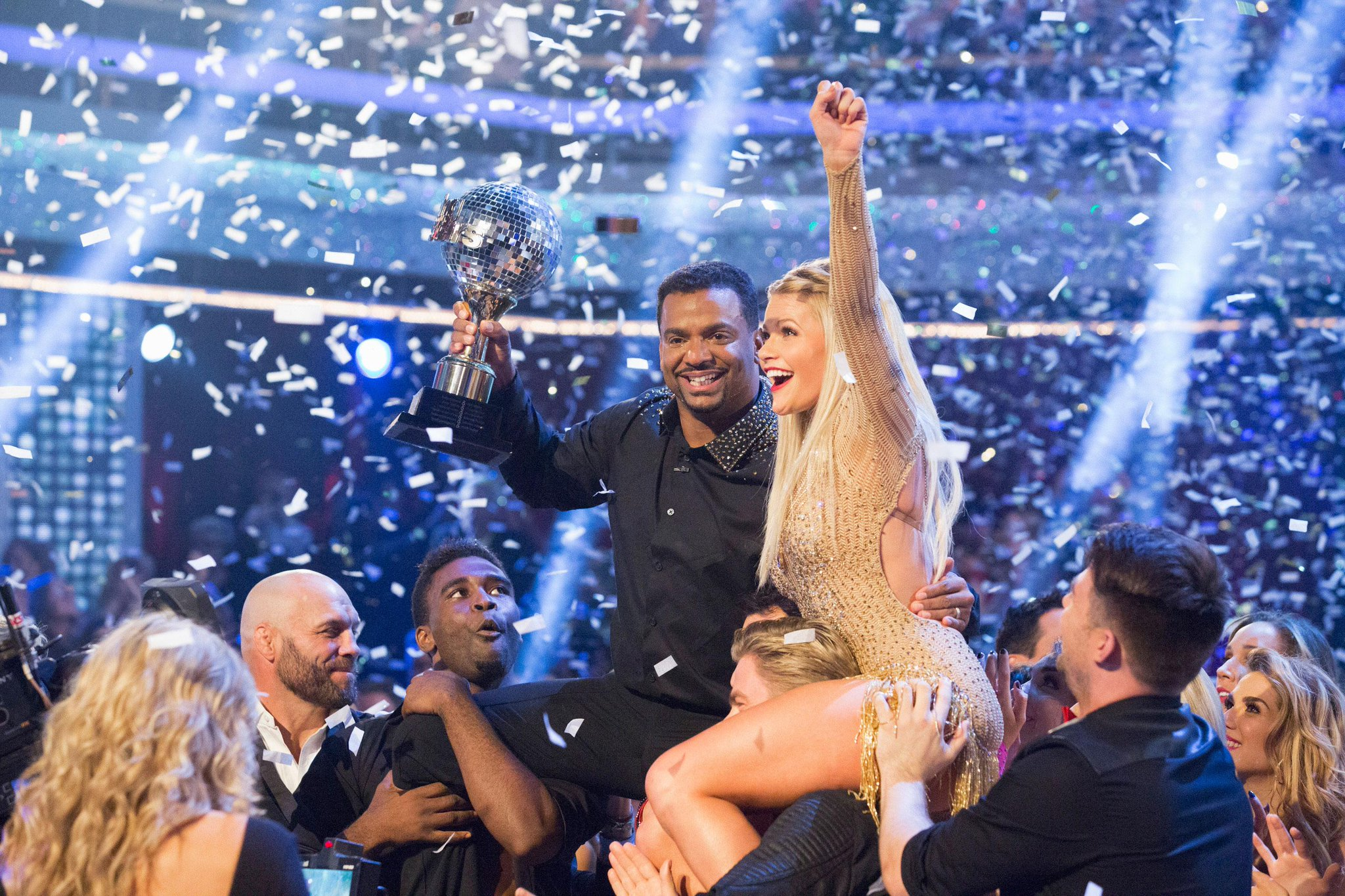 YES! Alfonso Ribeiro has won #DWTS like the dance stallion he truly is  http://t.co/nde18at3Hm http://t.co/Mp08nkpbyP