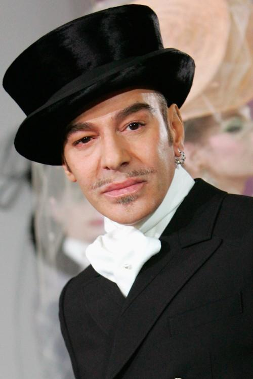 John Galliano to present at the British Fashion Awards next week http://t.co/psNlwKkYup http://t.co/7kwgKBAM7R