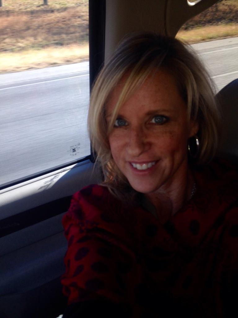 "Thanksgiving Status For Friends >> Jodi West® on Twitter: ""Safe travels to everyone heading out to see family and friends for ..."