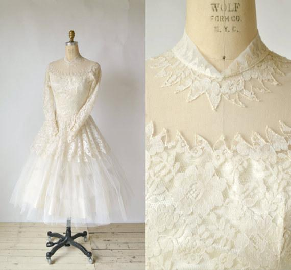 "BuzzFeed On Twitter: ""21 Vintage Wedding Dresses That Won"