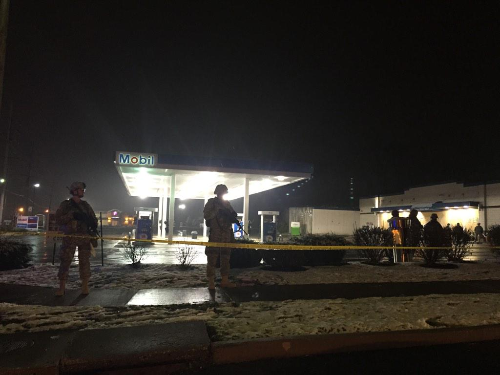 National Guard troops everywhere. Especially at 'inflammable' locations like gas stations #Ferguson http://t.co/et9o6sOTDR