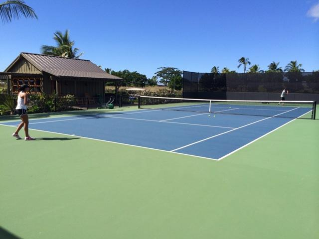 Week 4 of off season training... this week in Hawaii. Who is more tired? @Madison_Keys or @JRL2000?