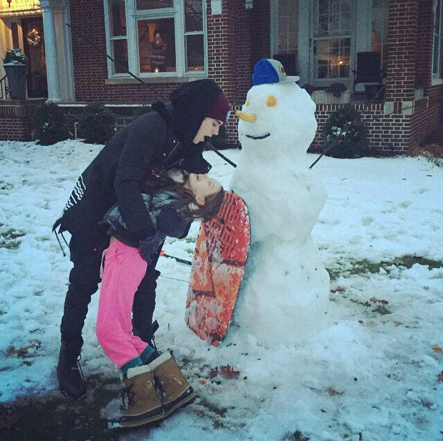 Made a snowman with this little cutie. Make memories with the ones you love! #HappyThanksgiving http://t.co/xIz1PAUarK