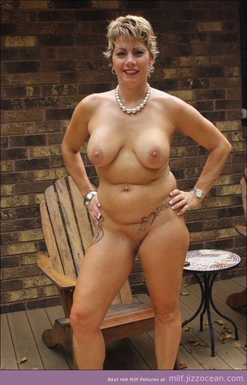 Big tittied milf lansing
