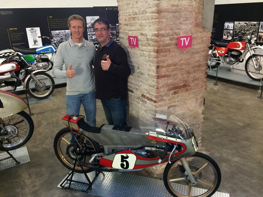 Museo de Barcelona: Homenaje a Bultaco B3cnue1IgAAGYq0
