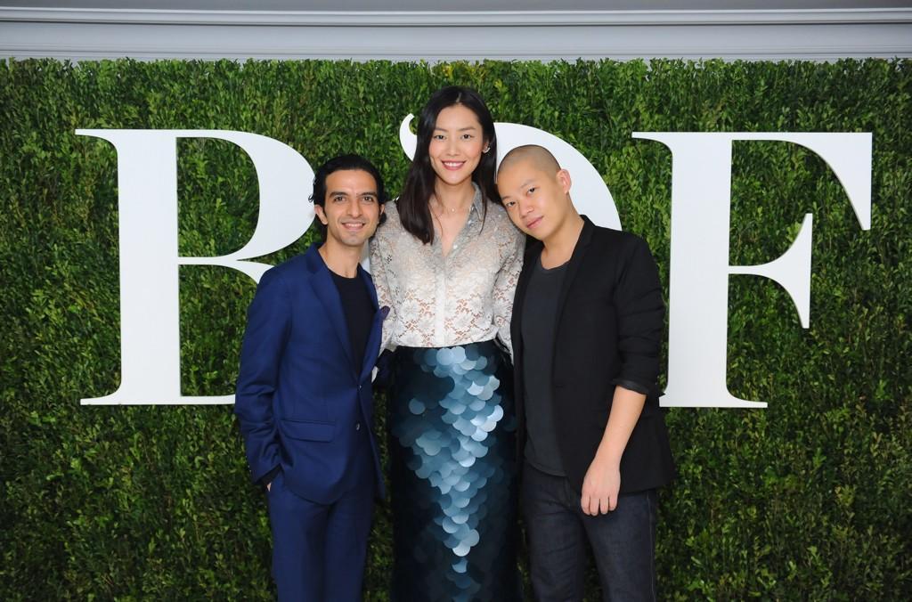 Chinese Fashion Industry Celebrates Launch of #BoFChina, inc @LiuWenLW & @JasonWu #BoF500 http://t.co/hv8V0yGQ65 http://t.co/ISZZeYrDck
