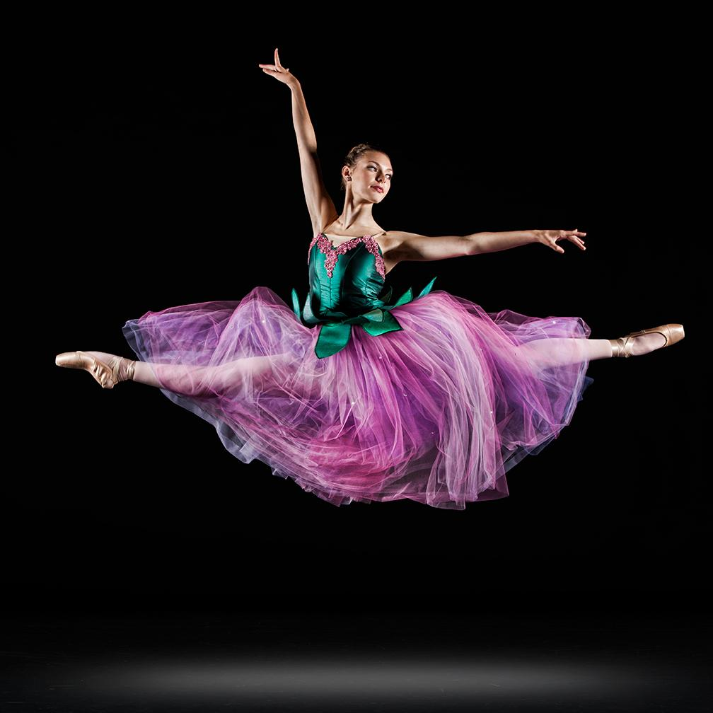 Photo by Richard Calmes #ballet #dance #photography http://t.co/iYo2fB9CVg
