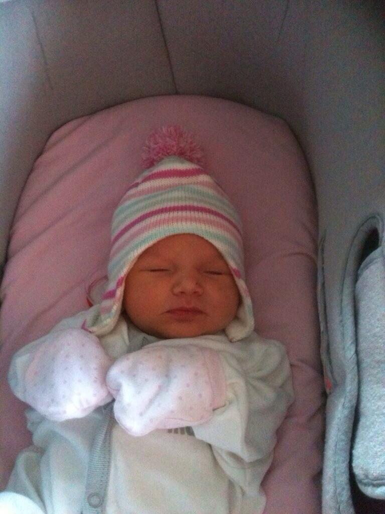RT @gazadub: @NatashaOfficial any chance of an RT for our baby Arabella please she is a @C4OneBorn baby.. http://t.co/IZVPOppSXQ