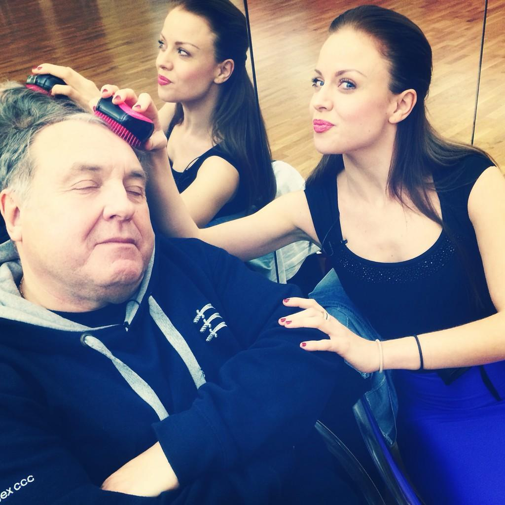 RT @joanneclifton: Getting him ready for practice @THERussellGrant @bbcstrictly http://t.co/GuKejvT7n4