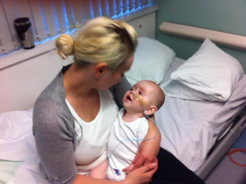 RT @MarsdenBev: @TheDanWhiston pls RT/sign baby aj won't survive but other babies can https://t.co/RBGjq0X7SB #Ajsdream http://t.co/QYjGwrX…