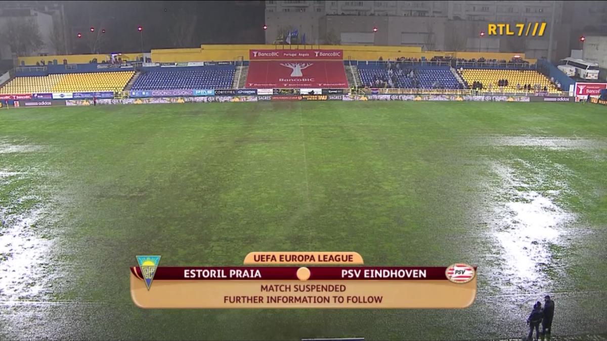 Матч Эшторила и ПСВ прерван из-за сильного дождя - изображение 1