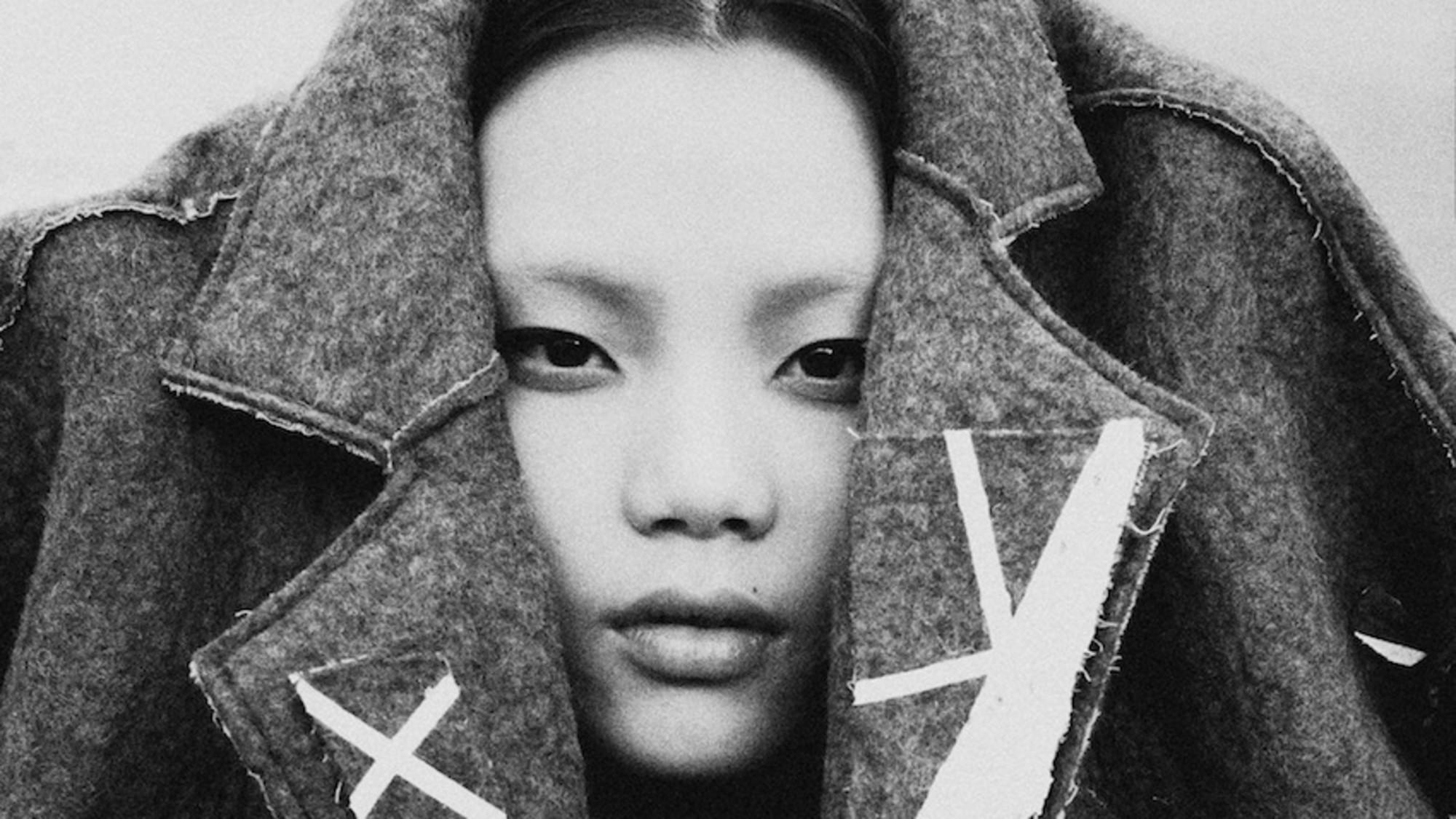 Get to know China's burgeoning fashion scene in @thamesandhudson's new book: http://t.co/JpTKc21mth http://t.co/5o0i4iy8Iq