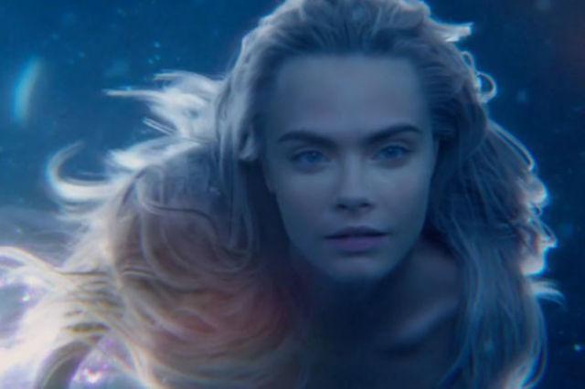 Oh HIYA @Caradelevingne in the new Pan trailer http://t.co/4k4SLzPcEK http://t.co/G5XNKj4s7O