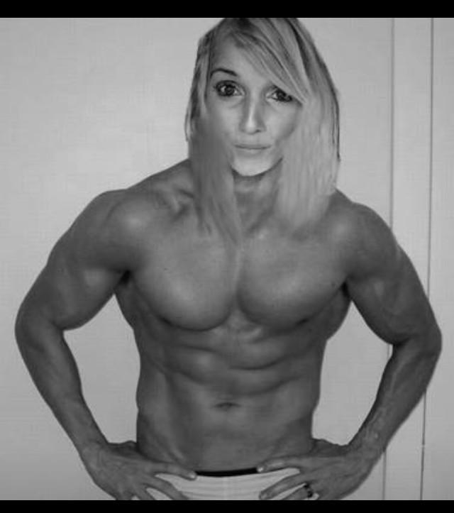 Smart girls lift. #NoFilter #GymSelfie #EatClean http://t.co/w9Dl7uktu3
