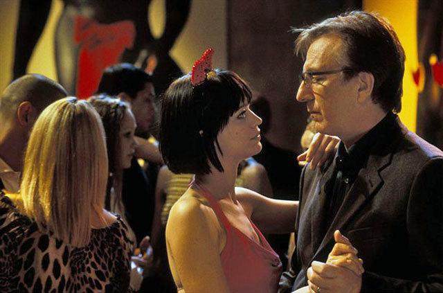 10 ways Love Actually would be totally different if it was made today http://t.co/g8ZRY1no7U http://t.co/JwWcI0zmQ9