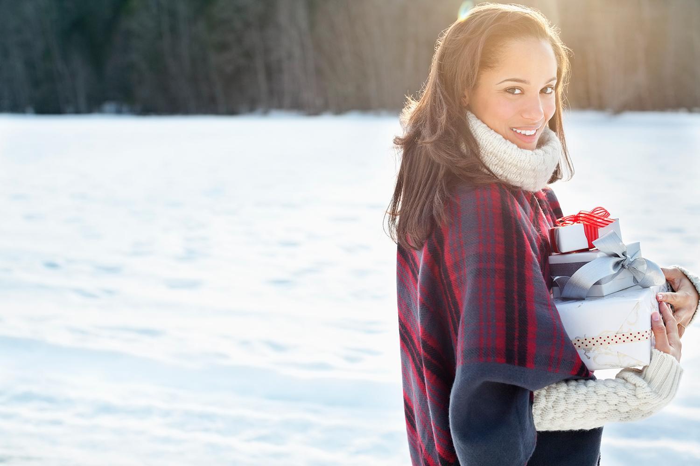 The top 9 beauty hacks for surviving the holiday season: http://t.co/VYB1hUESQP #beauty #holidays http://t.co/hAxgLbAjU5