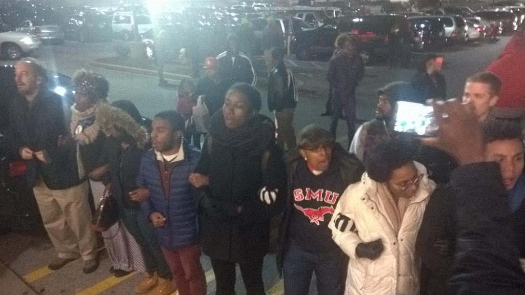 Mike Brown mob tries to shut down Target
