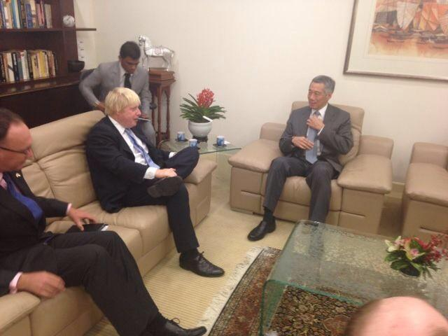 Good discussion with PM Lee on trade, Europe and opportunities for growth between London and the UK & Singapore http://t.co/7gKGRqkd8I