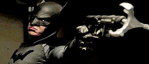 Batman Takes on Darth Vader in This Super Beat Down to the Death http://t.co/SJb1b4uypn http://t.co/KRcM4Up1be