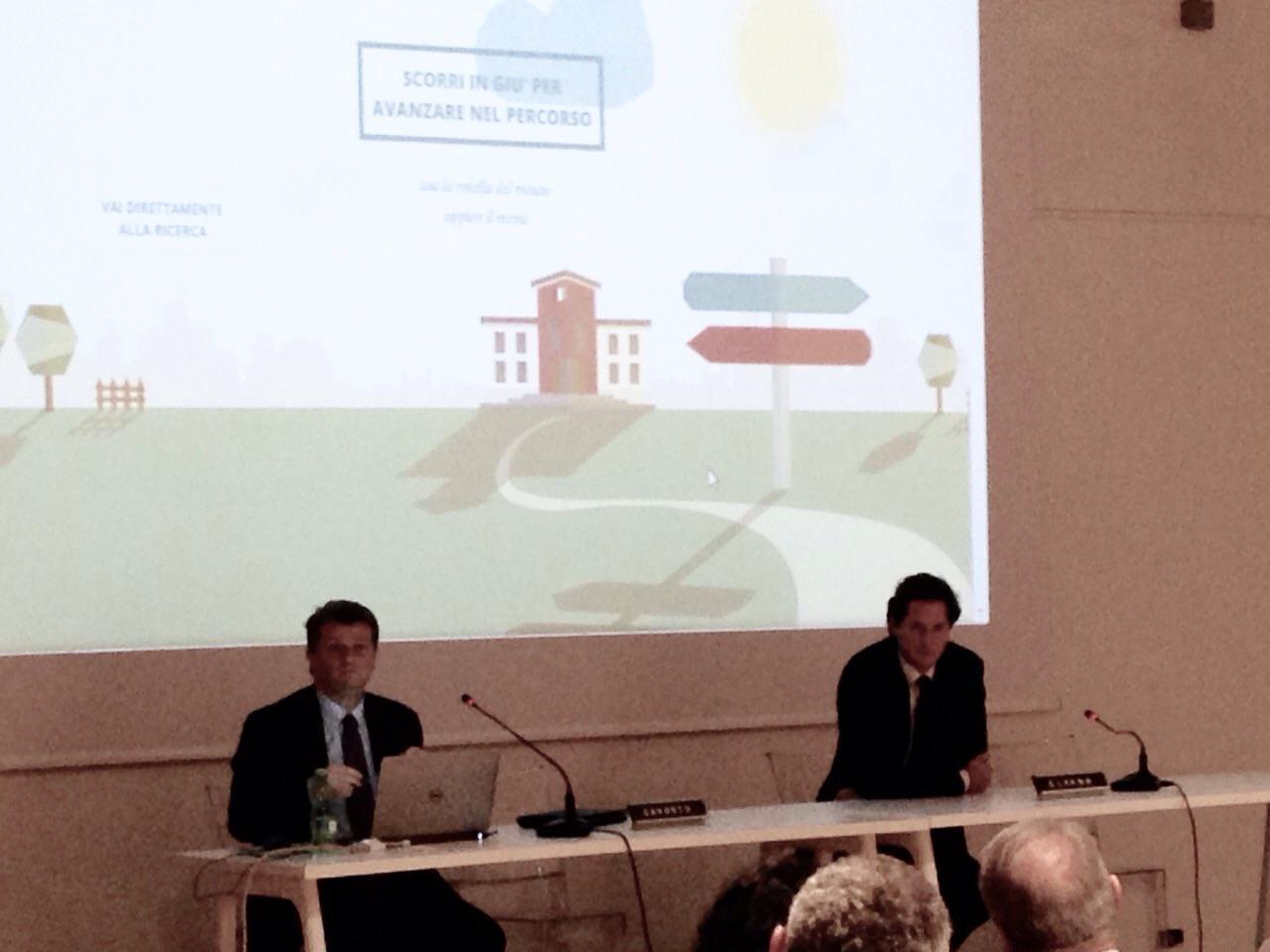 RT @_DCommunity_: Continua la presentazione di #eduscopio con #JohnElkann e @AGavosto, @FondAgnelli http://t.co/jrjtKERVvK http://t.co/SnnM…