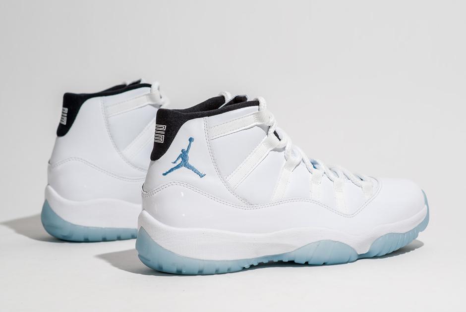 Air Jordan 11 Légende Sneakernews Bleu Twitter