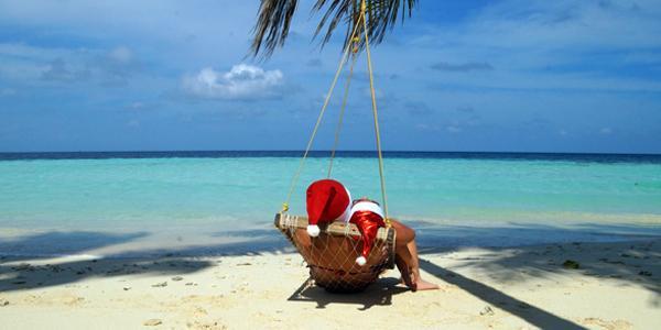 Le migliori vacanze di Natale sono quelle al caldo.